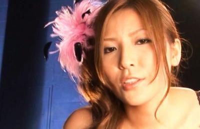 Yuna Shiina Lovely Japanese babe gives hot blowjobs