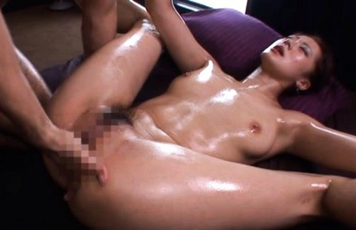 Sexy Misaki Shiraishi gets ass oiled up before hard fucking