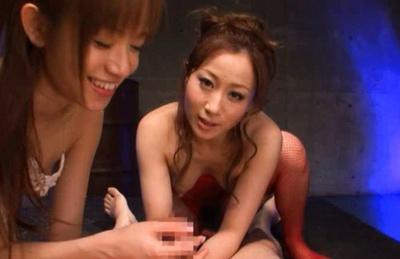 Shelly Fujii and Yuu Kawakami give a hot blowjob