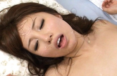 Nasty stlus Alice Myuki takes two cocks and gets her face creamed.