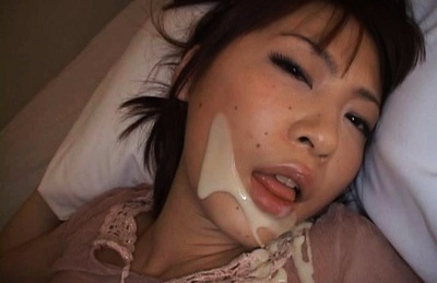 Rin Asian model gets a load of cum on her face