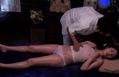 Hot milf Nishi Azabu gets amazing massage and masturbation