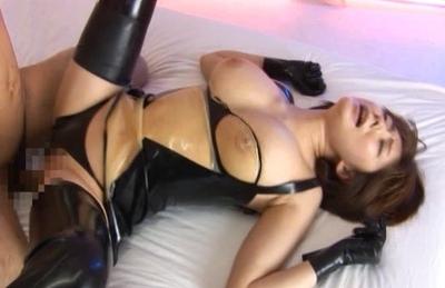 Yuma Asami Naughty Asian Model Enjoys Games
