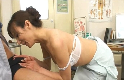Honami Takasaka Naughty Asian Model Plays With Her Doctor