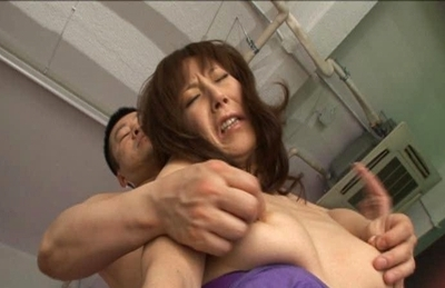 Honami Takasaka Asian model enjoys lots of cock and pussy licking