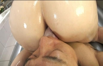 Karin Kusunoki Naughty Aian model is covered in oil