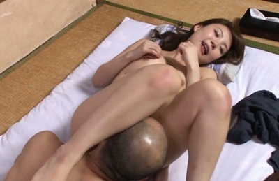 Hardcore milf moans as she is penetrated